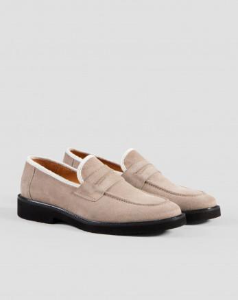 خرید اینترنتی کفش کالج مردانه خاکی 18443147